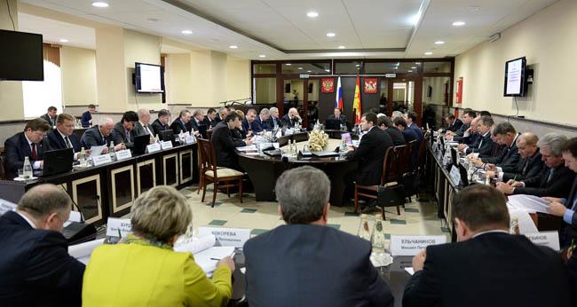 заседание правительства воронежской области в боброве