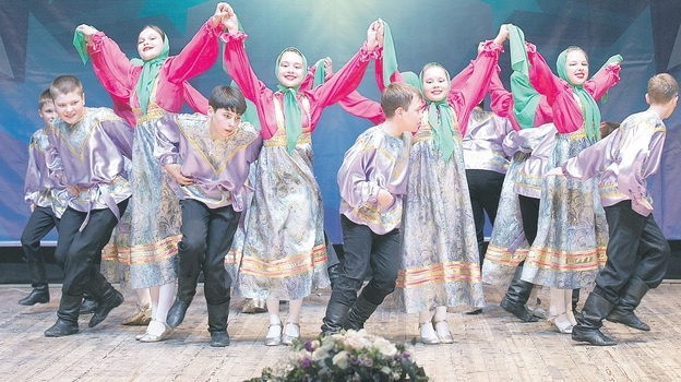 Бобровский танцевальный ансамбль «Каблучок» стал лауреатом международного фестиваля в Сочи