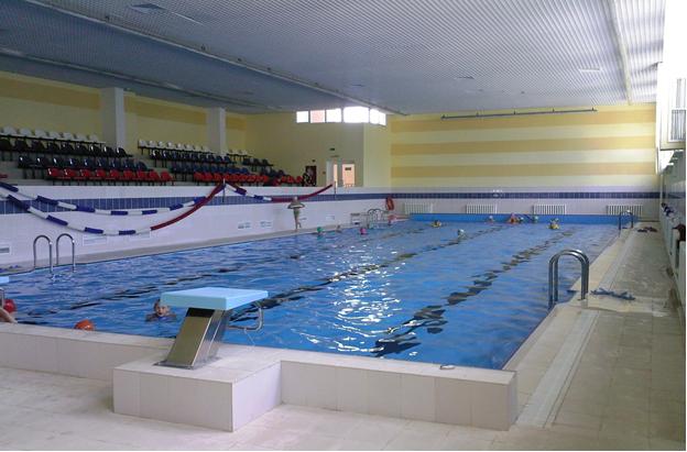 бассейн в Боброве