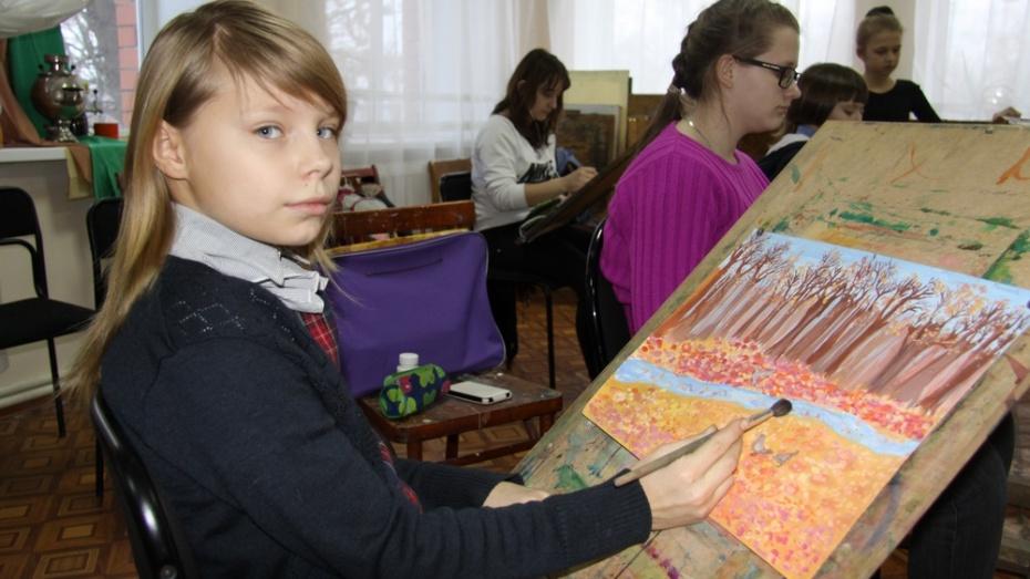 юная художница Бобров