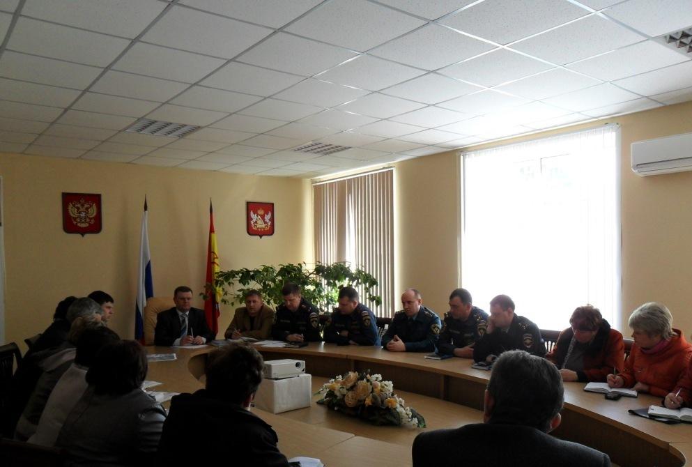 совещание в администрации боброва 6 апреля 2015