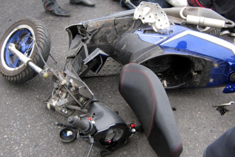 авария скутер камаз в боброве 10 августа 2016